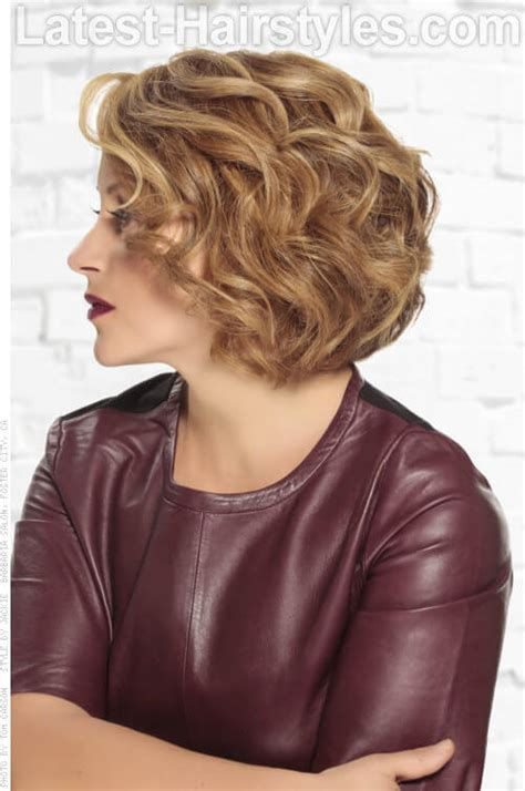 vies of side and back of wavy bob hairstyles 15 professional hairstyles for every type of workplace