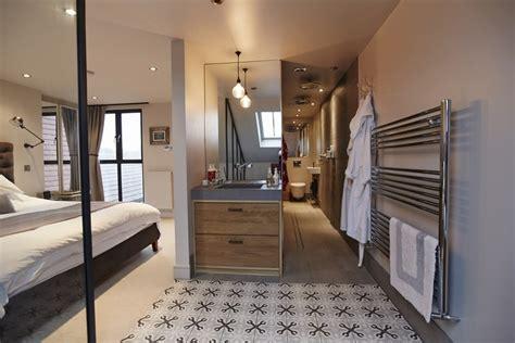 vestidor y ba o dise o de ba vestidor armario espejo alfombra 25143