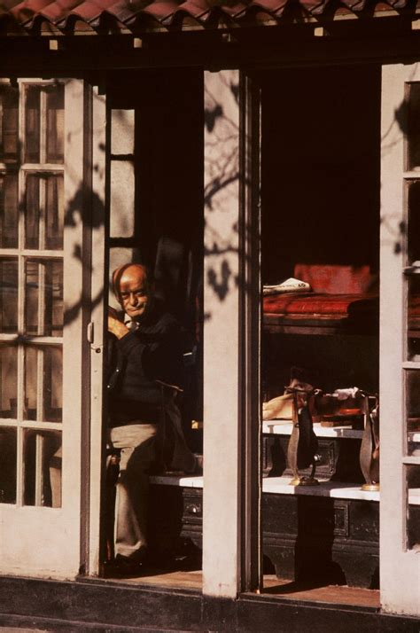 early color new edition saul leiter saul leiter 9783869303529 302 best images about saul leiter on new york saul leiter and fotografia
