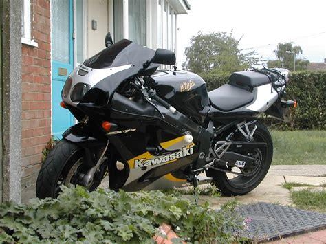 2000 Kawasaki Zx7r by Zx7r Frame Sliders Sportbikes Net