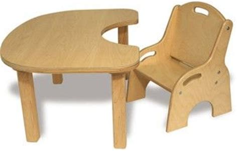 Toddler Table And Chairs Wood by Toddler Wooden Table And Chair Set