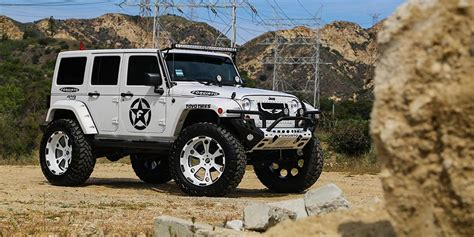 Jeep Custom Wheels Lifted Jeep Wrangler On Forgiato Offroad Wheels