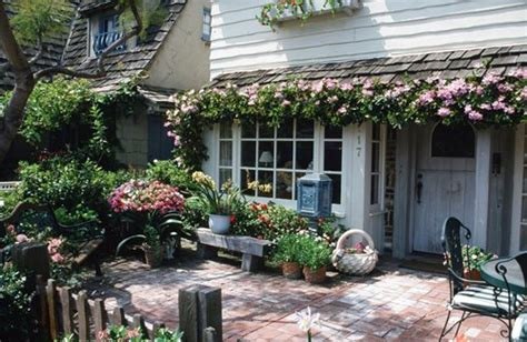 cottage patios cottage garden design ideas landscaping network