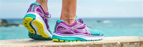 saucony best running shoes saucony running shoes definitive guide 2017 running