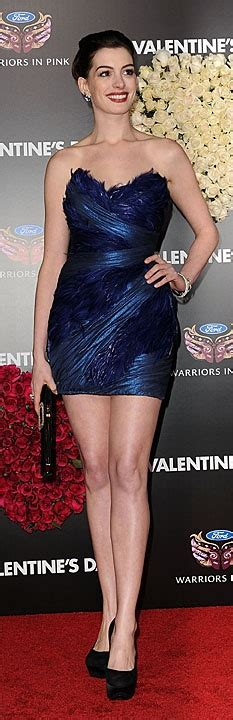 hathaway arrives at the valentines day premiere in la