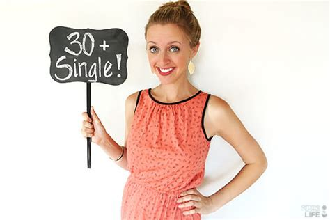 30 year old woman dating older man