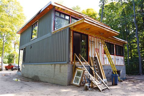 Bayfield Garage by Bayfield Turns Heads With Shipping Container Homes