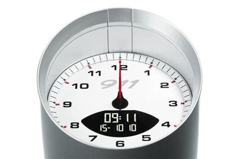 tischuhr love porsche 911 tischuhr mit wecker luxify das lifestyle