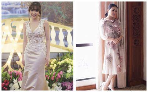 Dress Selutut Model V Neck perbandingan gaya baju gisella vs sarwendah cantik