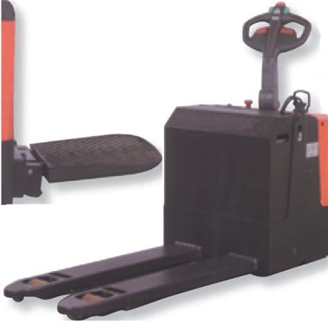 transpallet elettrico con pedana transpallet semovente elettrico con pedana portata kg 2000
