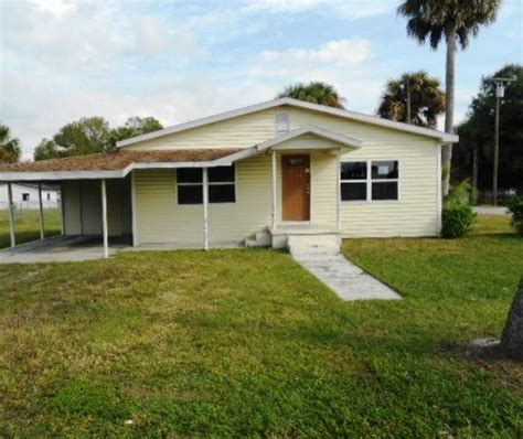 915 South West 3rd Avenue Okeechobee Fl 34974 Foreclosed Home Information