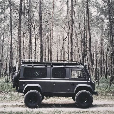 land rover defender 2018 cer edition the new 2018 defender cer edition via