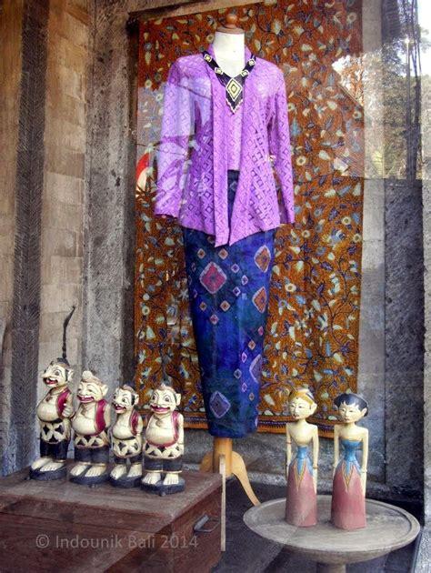 kebaya cantika ubud a charming window display in oka kartini on jalan raya