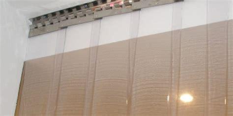 porte per capannoni teli per capannoni e porte industriali realizzati su misura