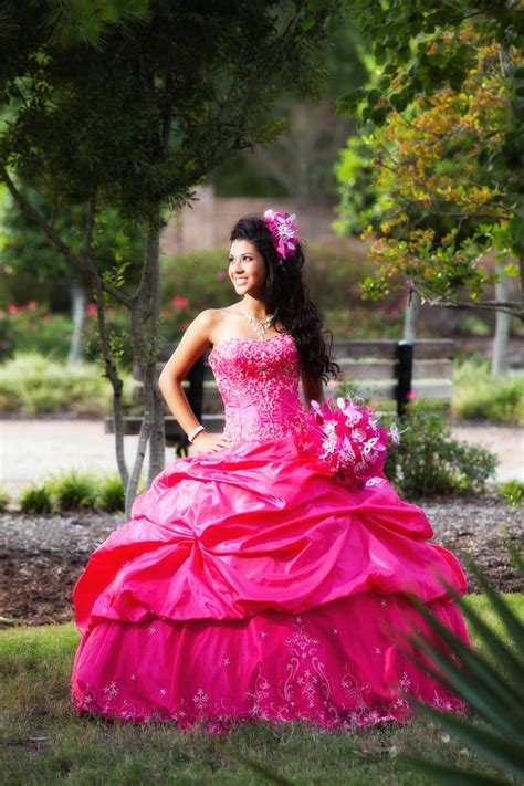Quinceanera Photography by Jesus Garza Photography Houston Quinceanera