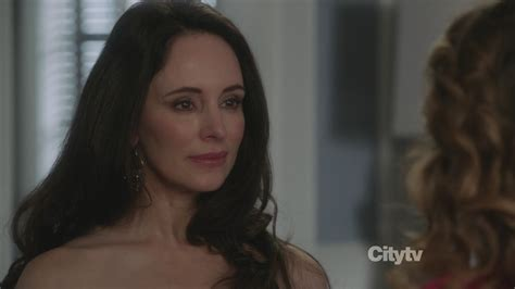 shhort haircuts for heavy set women madeleine stowe madeleine stowe at lax los angeles