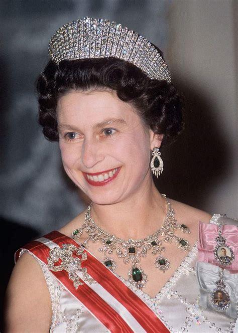 queen elizabeths hairstyle queen elizabeth hairstyles latest short hairstyles for