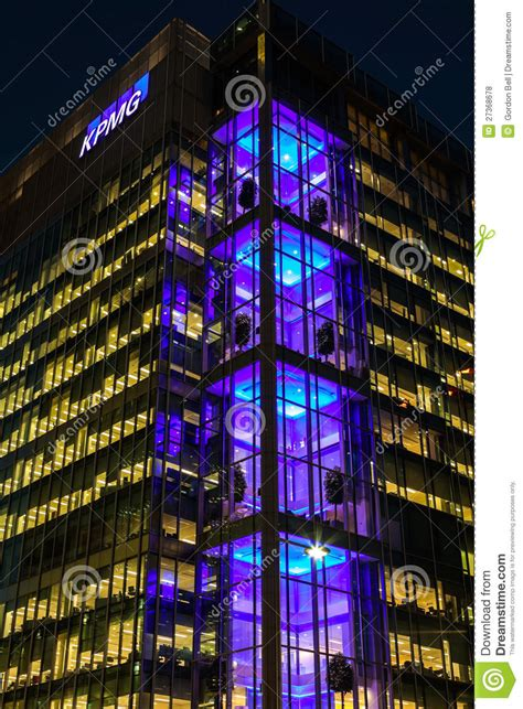 kpmg canary wharf stock photos kpmg canary wharf stock kpmg uk head offcie in canary wharf editorial stock photo