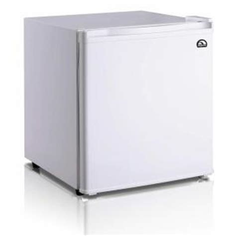igloo 1 7 cu ft mini refrigerator in white fr100 the