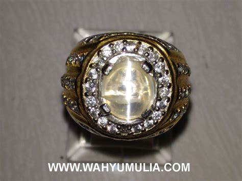 Batu Opal Cat Eye batu cincin opal cat eye kode 376 wahyu mulia