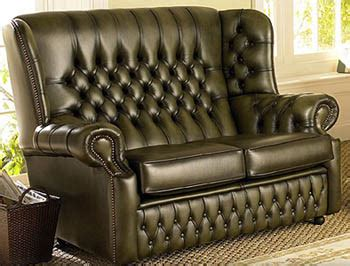 sofa wiesbaden buttons chesterfield style is back topnews