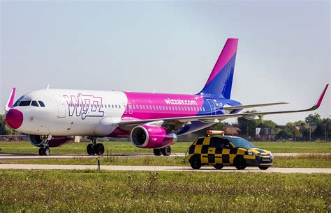 wizzair cabin baggage wizz air ends luggage fee