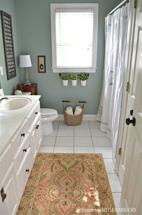 1000 ideas about green bathroom paint on