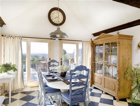 rooms  love french country cottage  distinctive