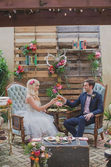 top  rustic country wooden pallet wedding ideas deer