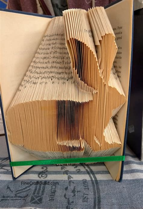 how to design your art book how to fold book pages into letters recycled book art ideas