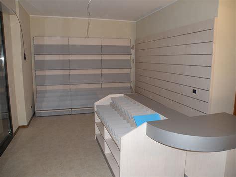 arredamento per edicola arredamento edicola arredo negozio edicola