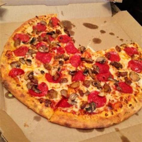 domino pizza nilai domino s pizza kuala lumpur ulasan restoran tripadvisor