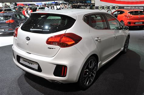 Kia Ceed Canada Car Pictures And Photo Galleries Autoblog