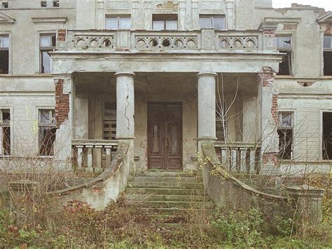 abandoned mansions for sale cheap 117 best images about houses on pinterest mansions for