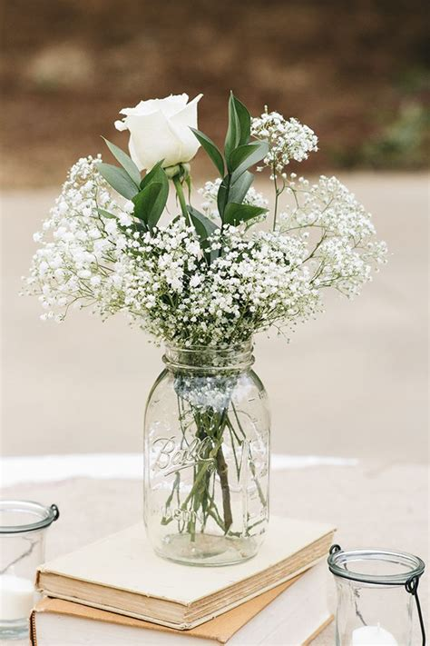 easy centerpieces 25 best ideas about simple centerpieces on