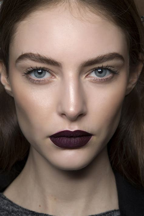 Fall Makeup Trends The Lip by How To The Makeup Trend For Fall 2015