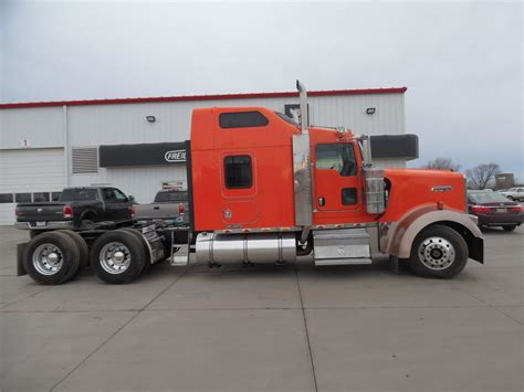 used kenworth w900l trucks for sale used 2006 kenworth w900l for sale truck center