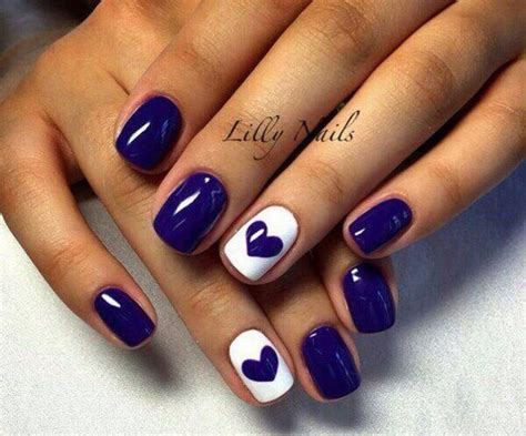 Finger Nail Designs by Best 25 Ring Finger Nails Ideas On Ring