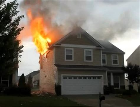 Two Story Homes Last Night S House Fires In Apex And Holly Springs