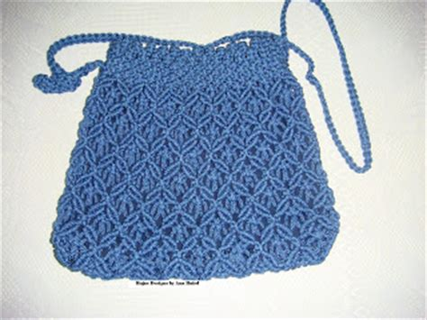 How To Make Macrame Purse - blue macrame bag