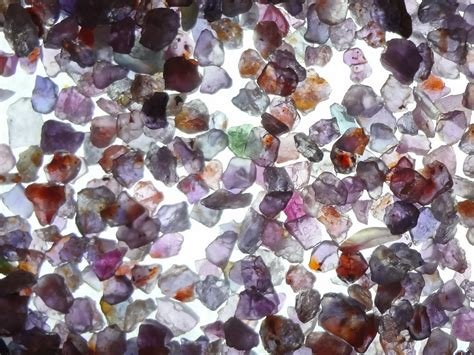 Ruby Afrika 5 65 Carat ruby ruby and sapphire flakes from pailin