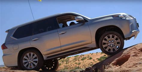 jeep lexus 2016 lexus lx 570 gets off road scars while doing jeep