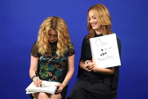 judy greer orange is the new black natasha lyonne and judy greer find out how well they know