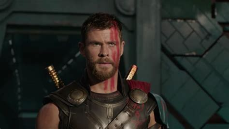 thor movie youtube trailer thor ragnarok trailer has a hulk a haircut and led
