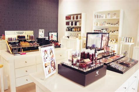 Makeup Shop boutique shopping in dubai store guide what s on