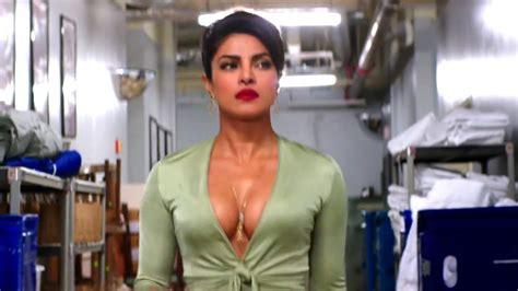 priyanka chopra in baywatch image baywatch day 2 box office collection priyanka chopra
