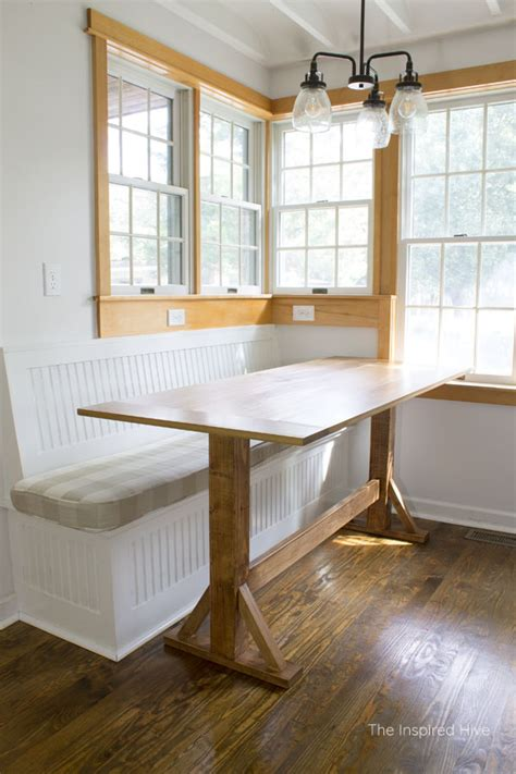 build  farmhouse breakfast nook table