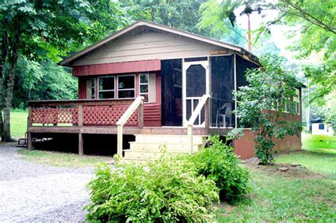 Greenbrier River Cabins by The River Trail Cabin