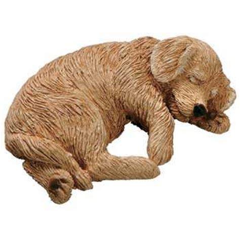 sandicast golden retriever golden retriever figurine sandicast snoozer lying sz131at animal world 174