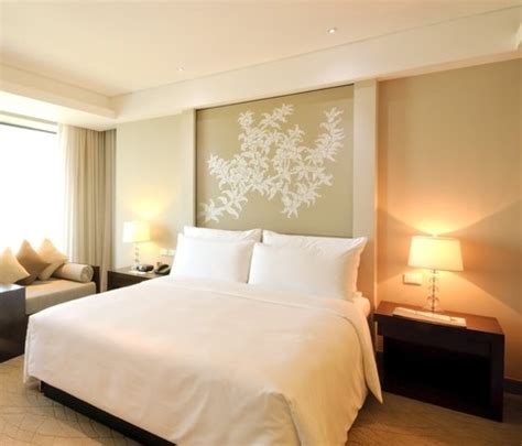 Feng Shui Bedroom Lighting 5 Feng Shui Tips For Decorating Your Bedroom Drummond House Plans